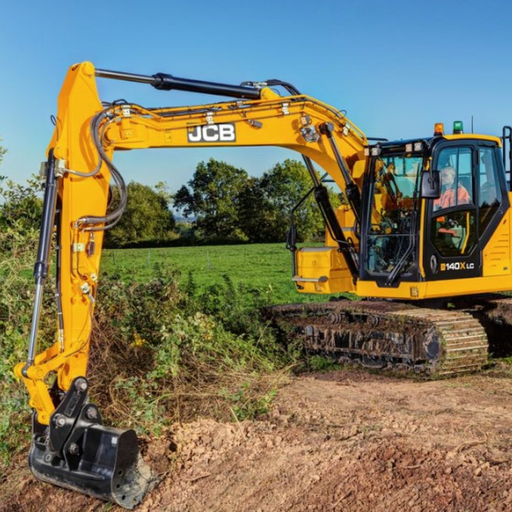 Diggers / Excavators & Backhoe Loaders